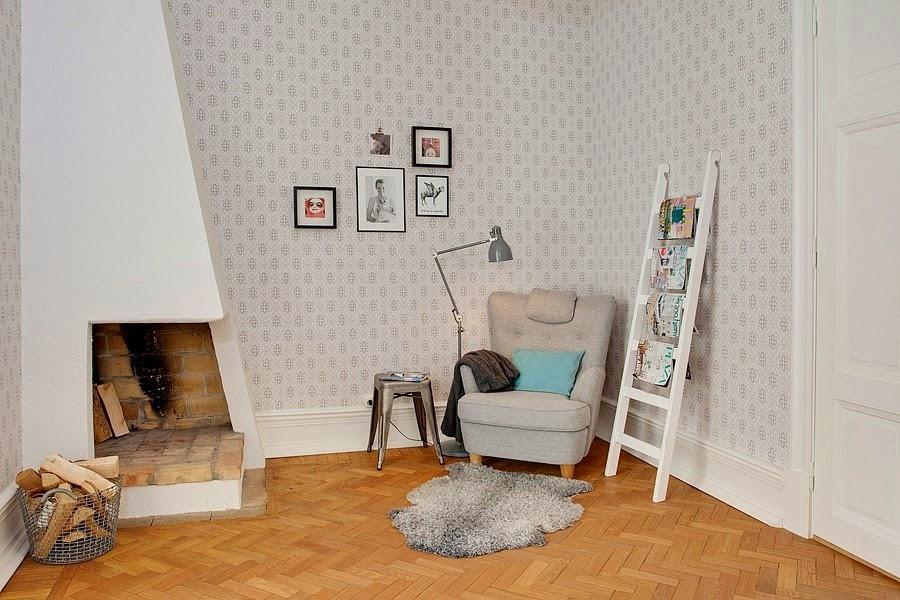 wystrój wnętrz, wnętrza, urządzanie mieszkania, dom, home decor, dekoracje, aranżacje, białe wnętrza, styl skandynawski, kominek, drabina