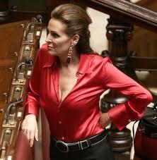 """Santanché difende la Minetti: """"Se lo merita di stare in Regione"""""""