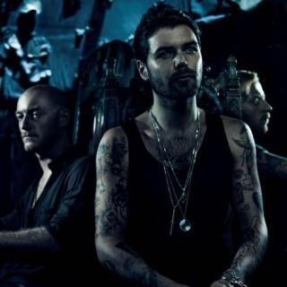 Biffy Clyro – Black Chandelier Lyrics | Letras | Lirik | Tekst | Text | Testo | Paroles - Source: emp3musicdownload.blogspot.com