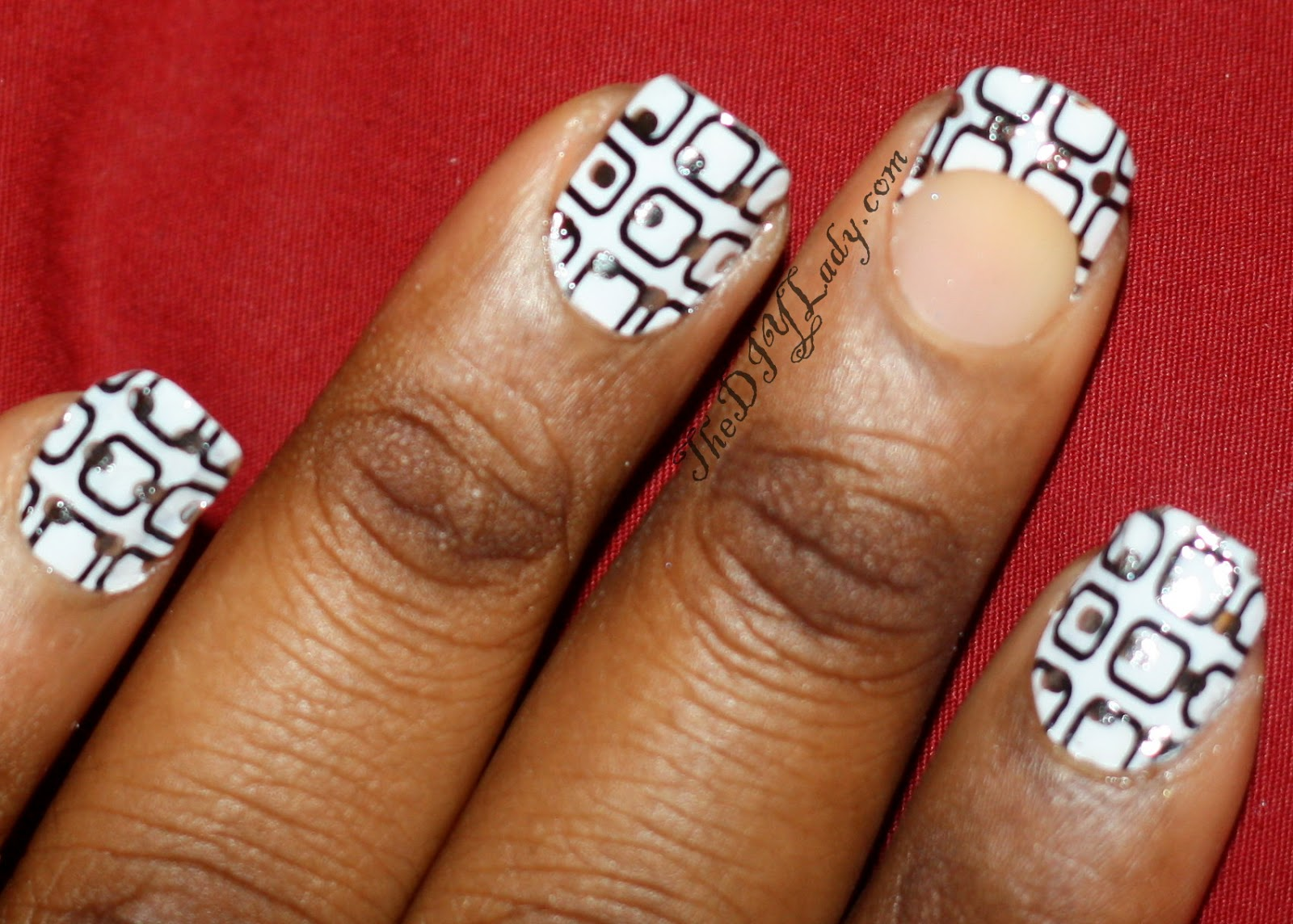 The Do It Yourself Lady: Black and White Nails: Mystique Nail Applique