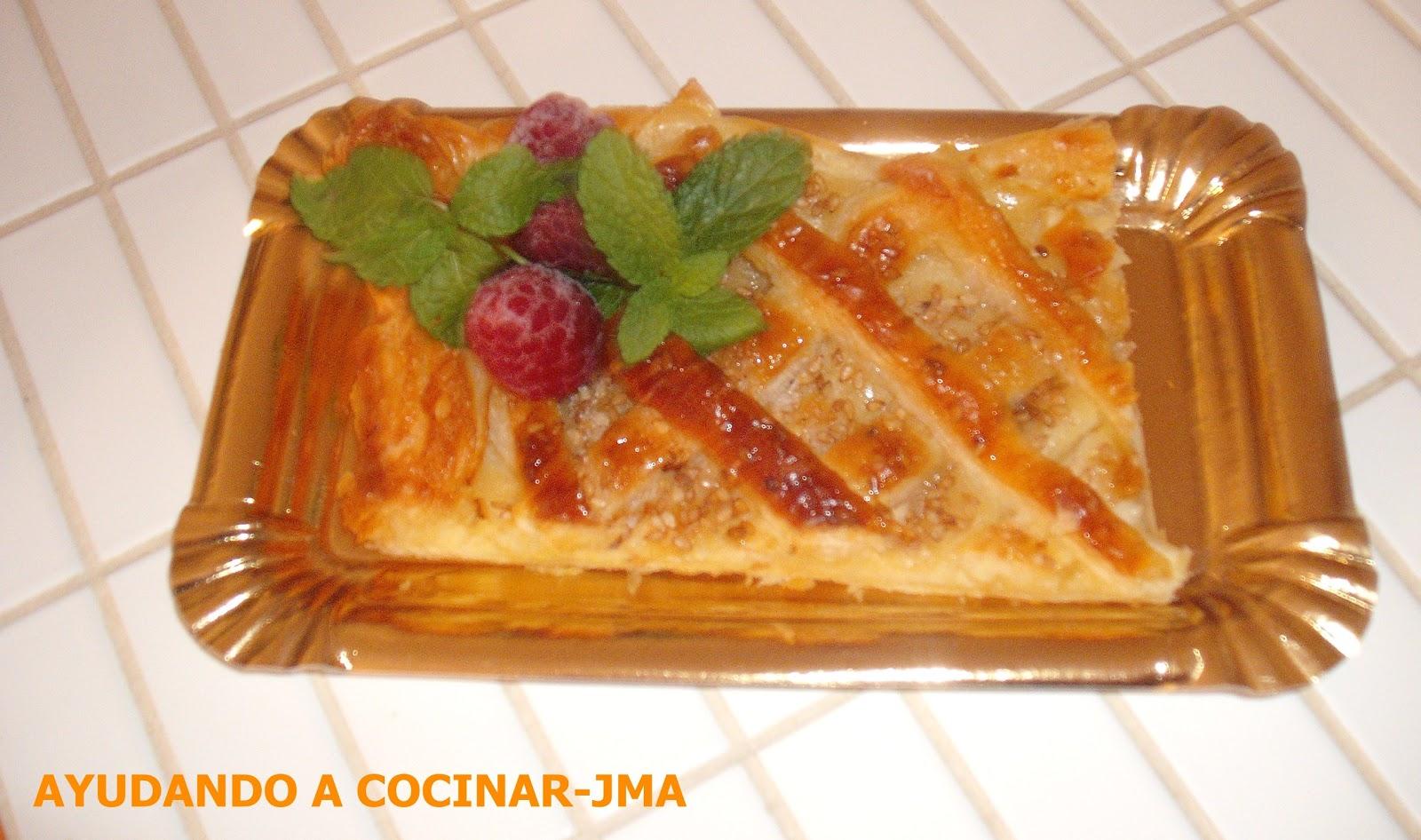 Tarta Con Crema De Vainilla Y Manzana