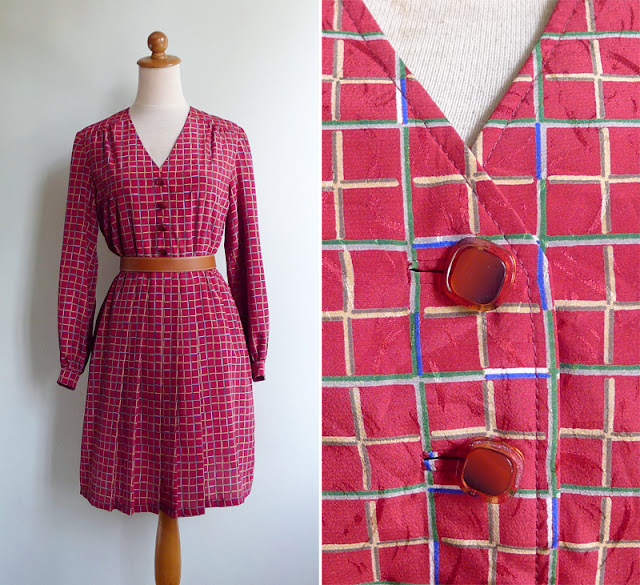 vintage 1970's v neck red dress