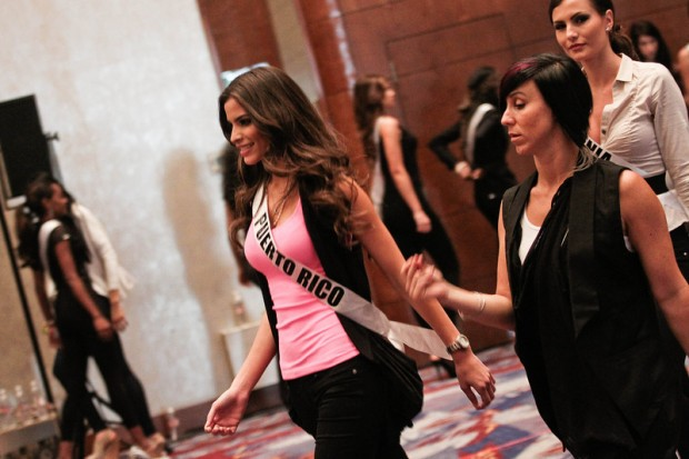 Miss Universe 2011 Contestants exercises8