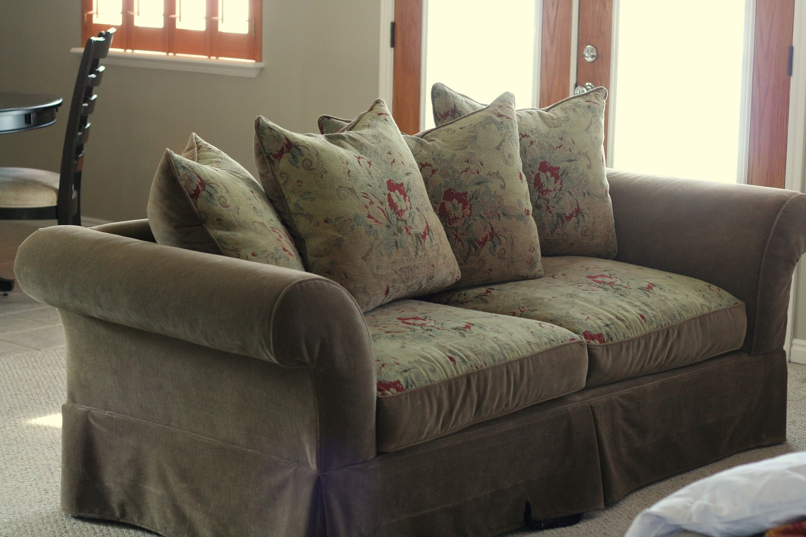 Slipcovers for pillow back sofas slipcovers for sofas with for Couch cushion pillows