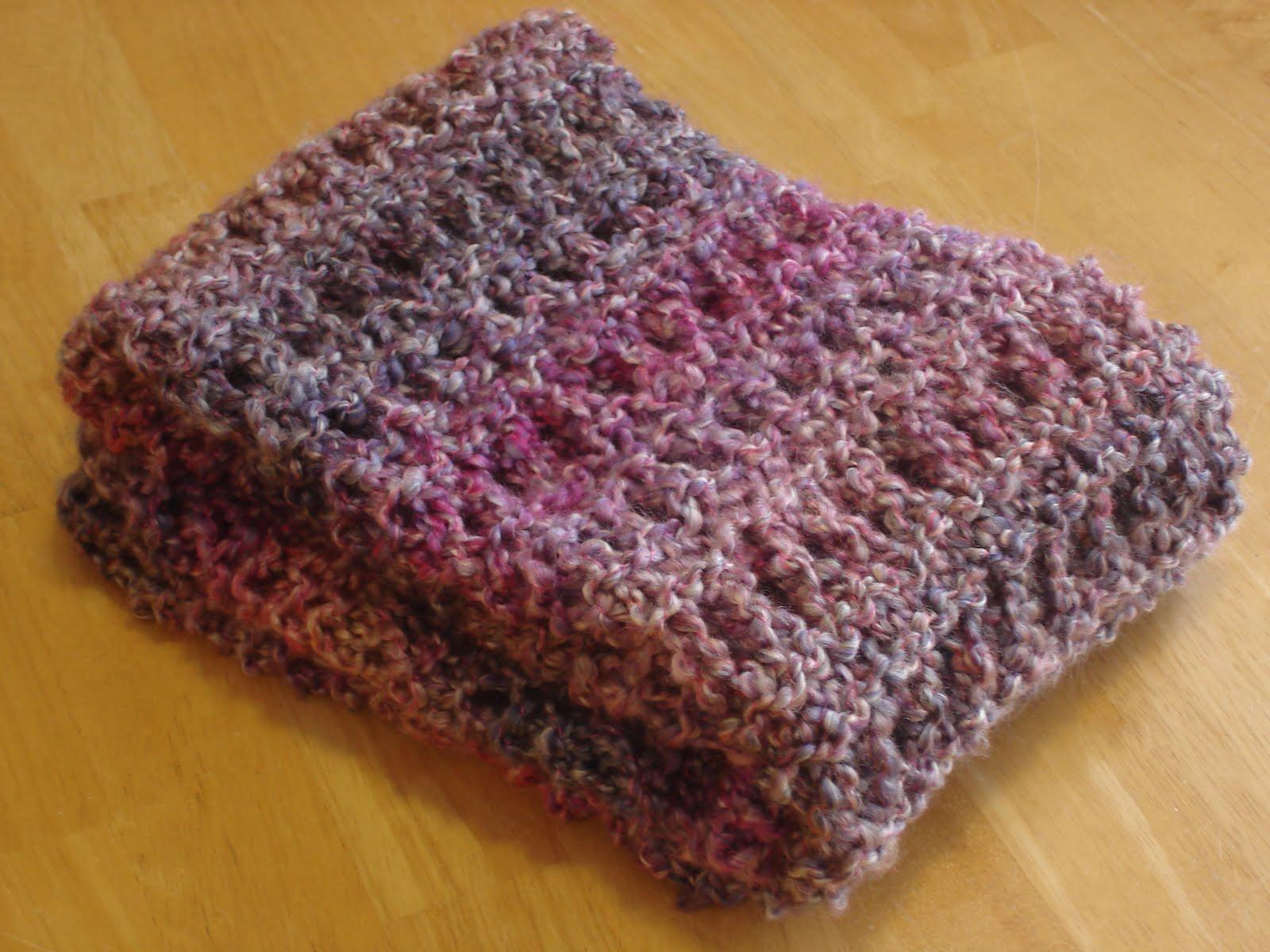 Fiber flux free knitting patterna peaceful shawl free knitting patterna peaceful shawl bankloansurffo Gallery