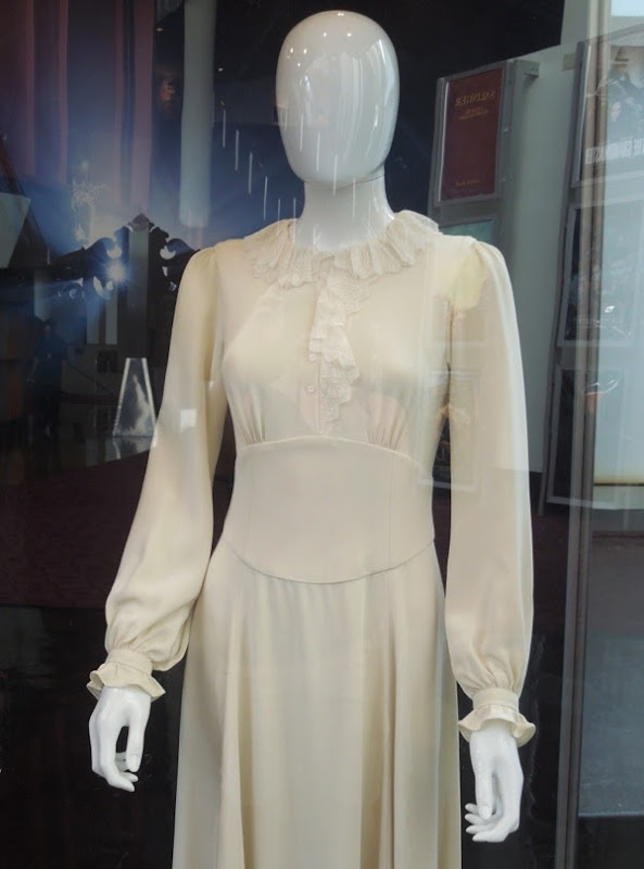 Insidious 2 white ghost dress