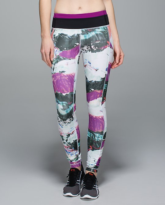 lululemon-biggie-pigment-wave-speed-tights