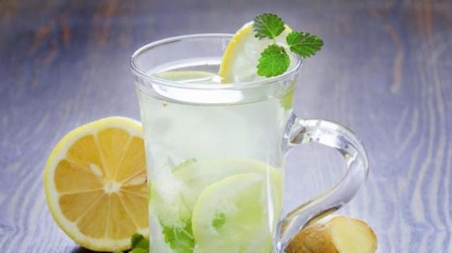 Sebelum Menyesal, Ganti Kopi atau Teh Pagi Hari dengan Lemon Hangat
