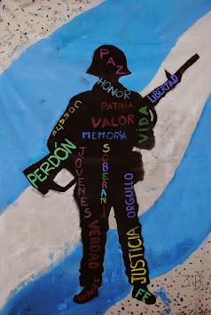 Homenaje de los alumnos y profesores a los héroes de Malvinas.
