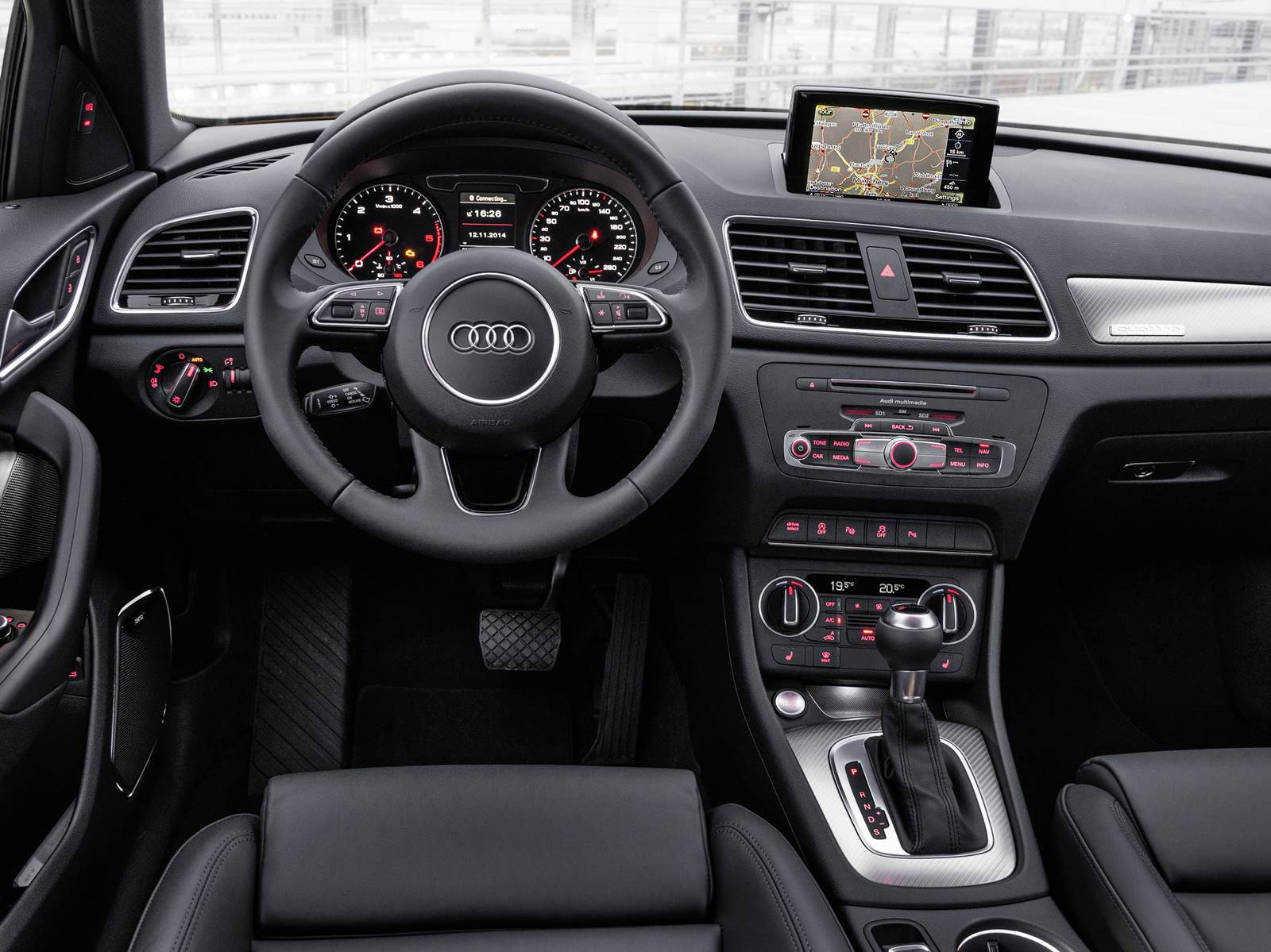 novo audi q3 2015 fica mais eficiente para manter se l der car blog br. Black Bedroom Furniture Sets. Home Design Ideas