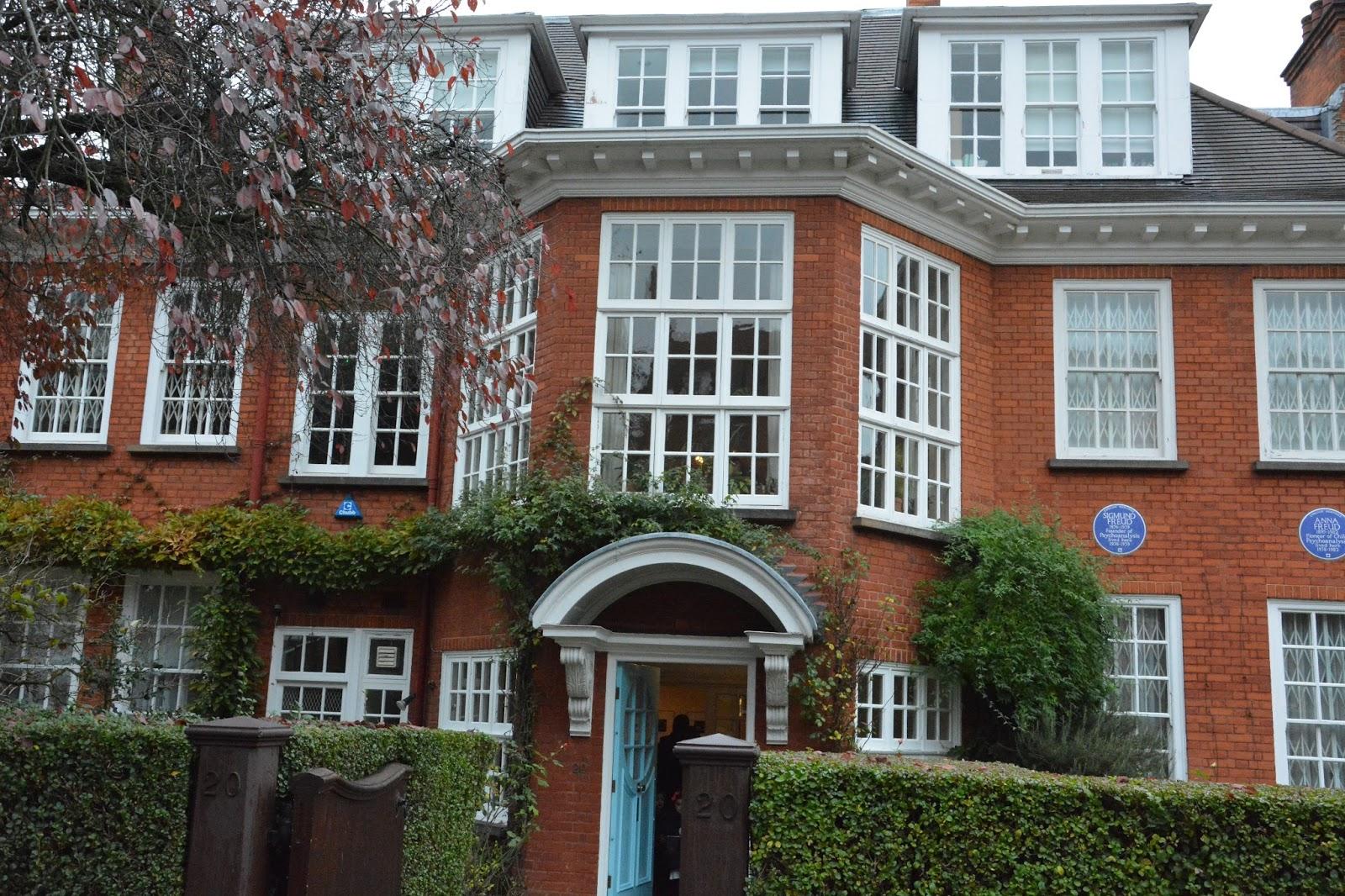 Okropna kozetka doktora Freuda … Muzeum Freuda w Londynie LONDYN