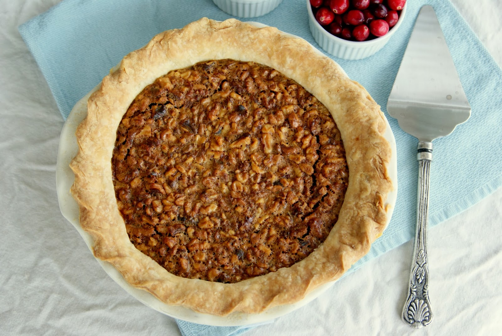 Alice and the Mock Turtle: Walnut Cranberry Pie