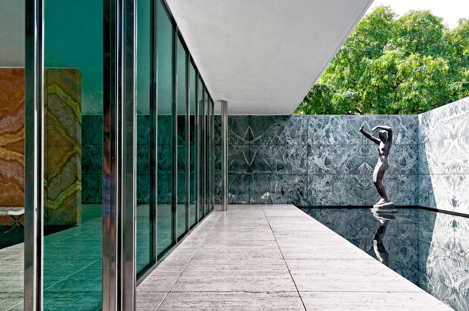 mies van der rohe barcelona pavilion modern design by