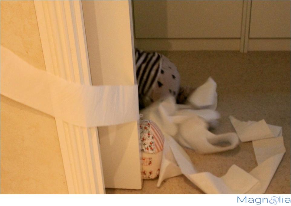 baby toilett paper mess