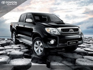 Toyota Triple Amazing Riau - Hilux Minor Change (MC)