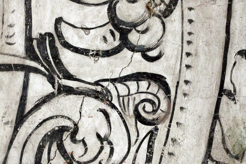 Detail of 16th century multivine wall painting