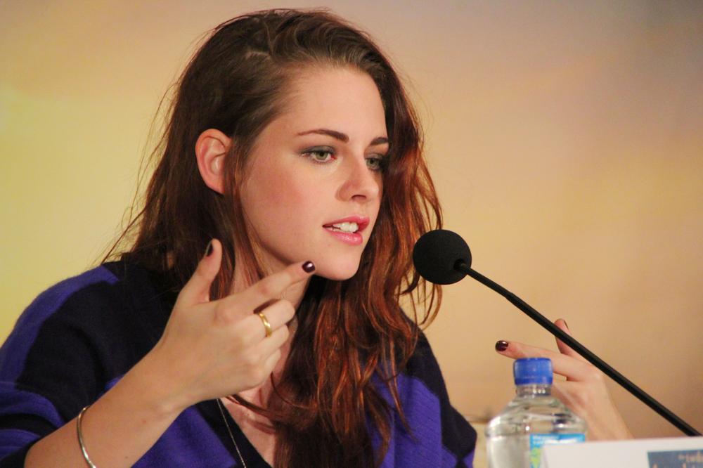 Celebrity Hair Loss Heartbreak Hair Loss For Kristen Stewart
