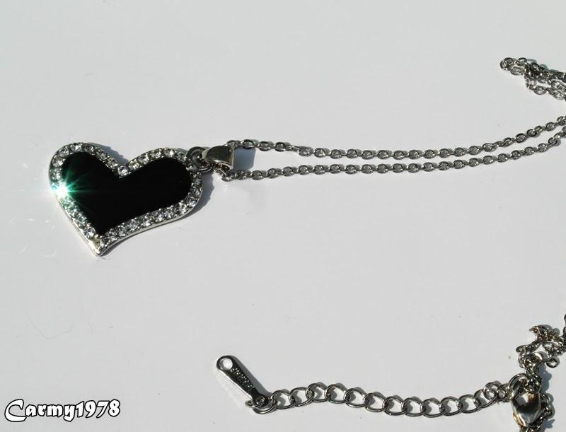 collana-con-cuore-nero