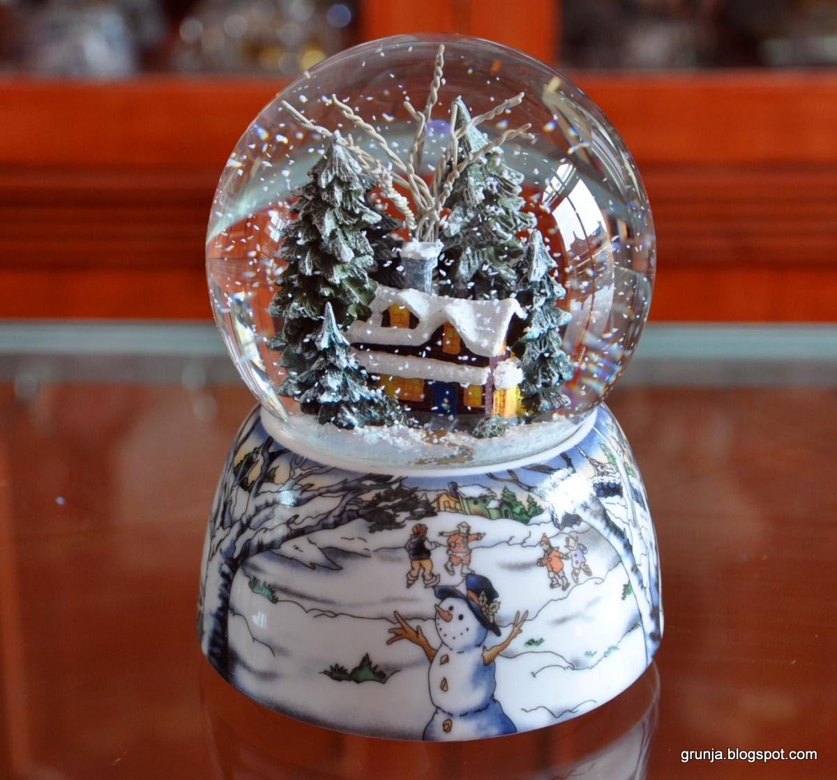 Стеклянные шары со снегом внутри своими руками