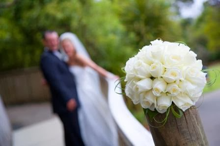wedding white roses