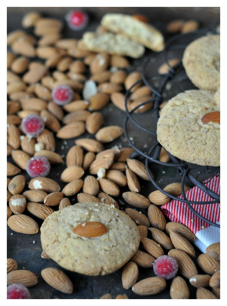 Bollos Eulalia - Spanish almond cookies for christmas, gluten free