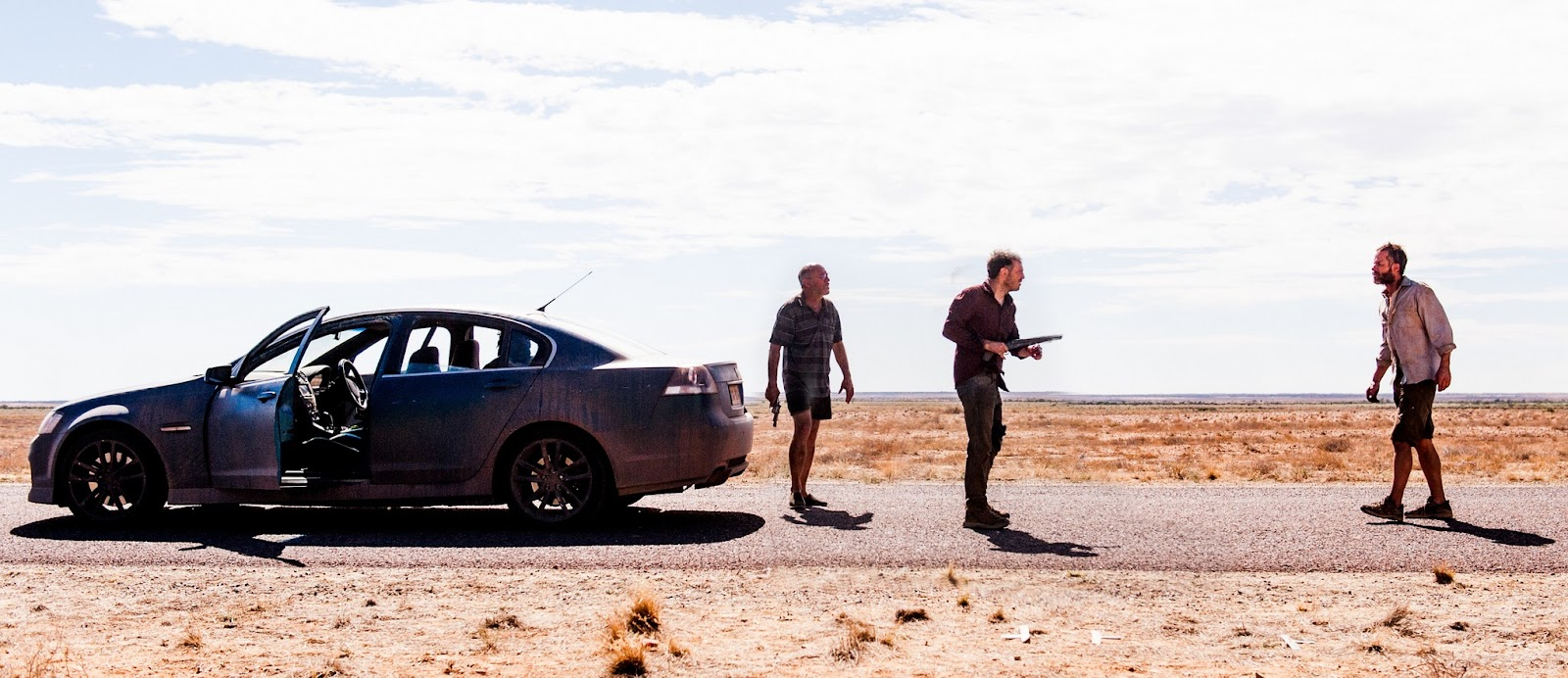 The Rover Guy Pearce & Scoot McNairy face off