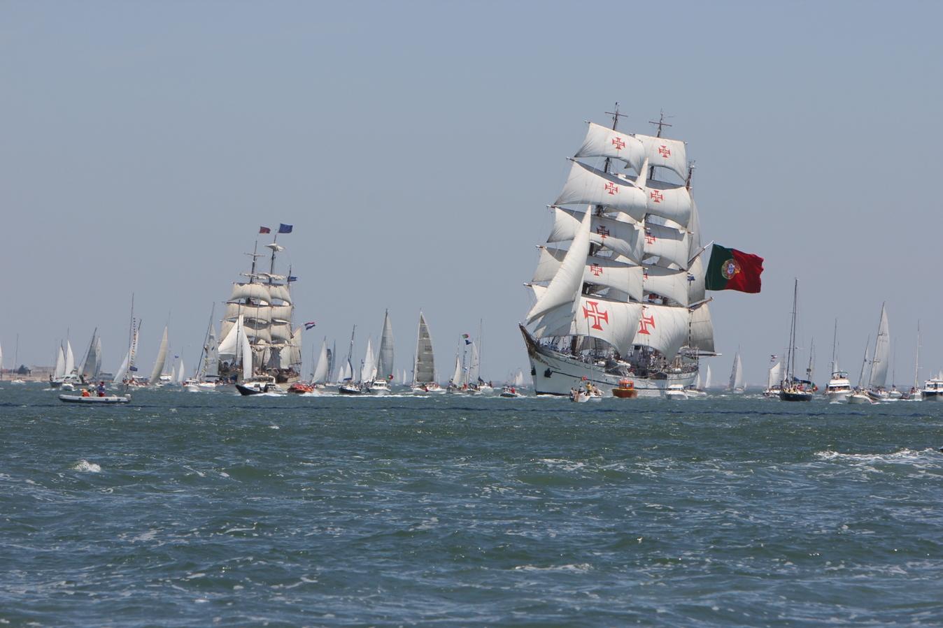 Ships Photo Gallery: Navio Escola SAGRES