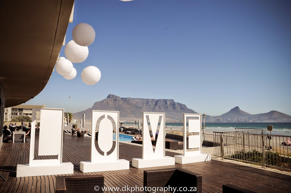 DK Photography _DSC6315 Wynand & Megan's Wedding in Lagoon Beach Hotel  Cape Town Wedding photographer