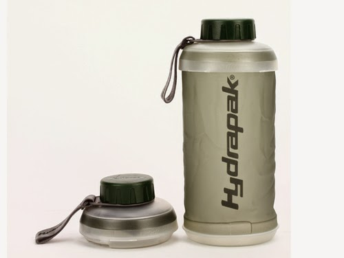 Must Have Foldable Travel Gadgets - Hydrapak's Water Bottle