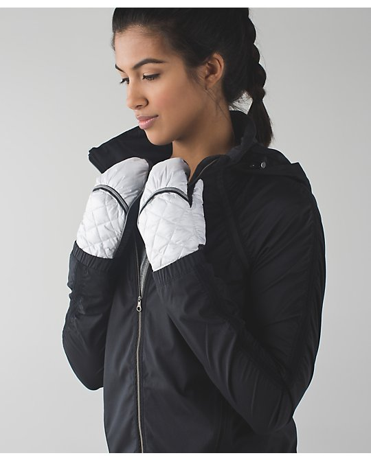 lululemon down-for-a-run-mitten