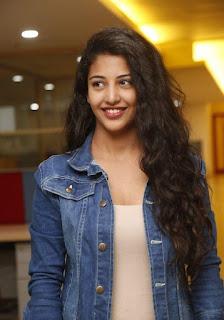 Hora hori movie heroine Daksha Photos gallery