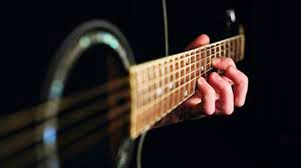 Are Your Fingers Too Fat To Play Guitar?