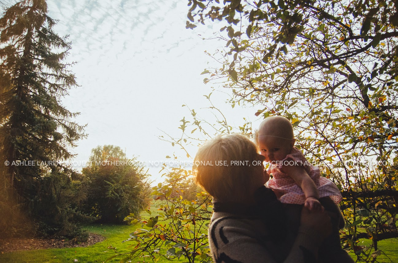 baby explores indianapolis parks for a fun photography session