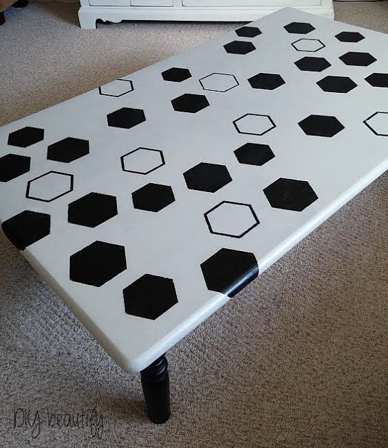 DIY beautify honeycomb table