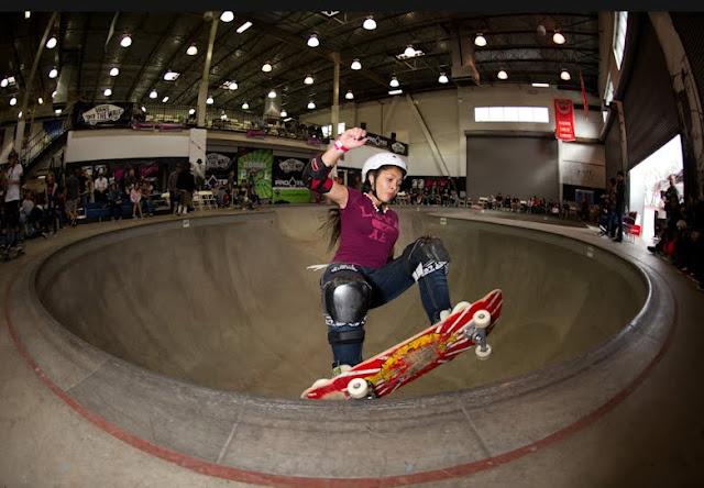 Ameejay Papelera, Vans skatepark, Girls Combi Classic
