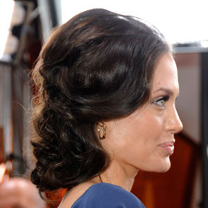 Angelina Jolie Curly Hairstyle