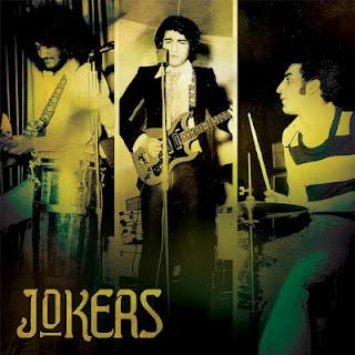 http://2.bp.blogspot.com/-Q3qgD2QvfSg/T_B6GQUZCXI/AAAAAAAAAwc/GsUMYjNRL_o/s320/Jokers+cover.jpg