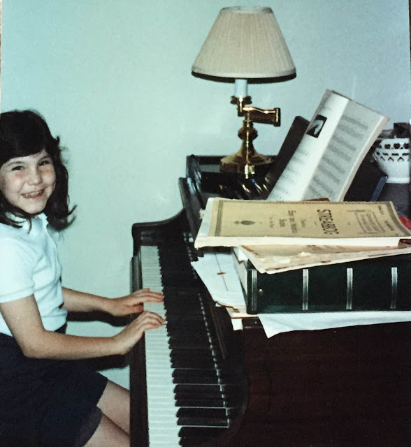 Throwback Thursday, #TBT, playing piano, singing, 1980s, Jamie Allison Sanders