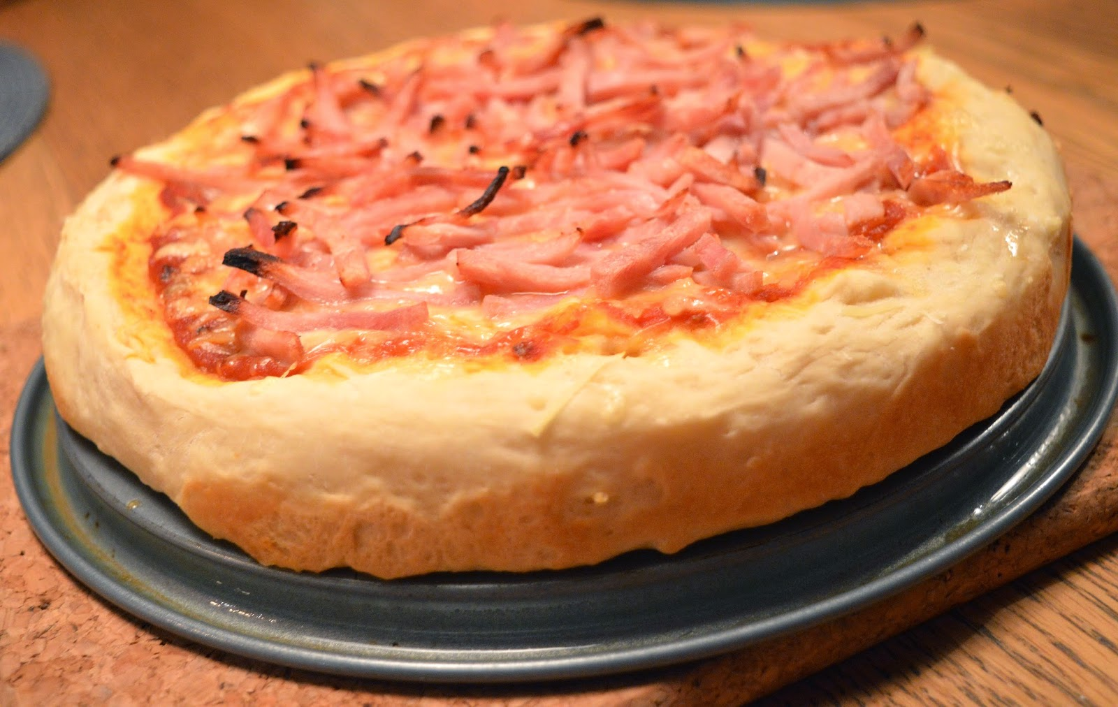 pan pizza recept bakpulver