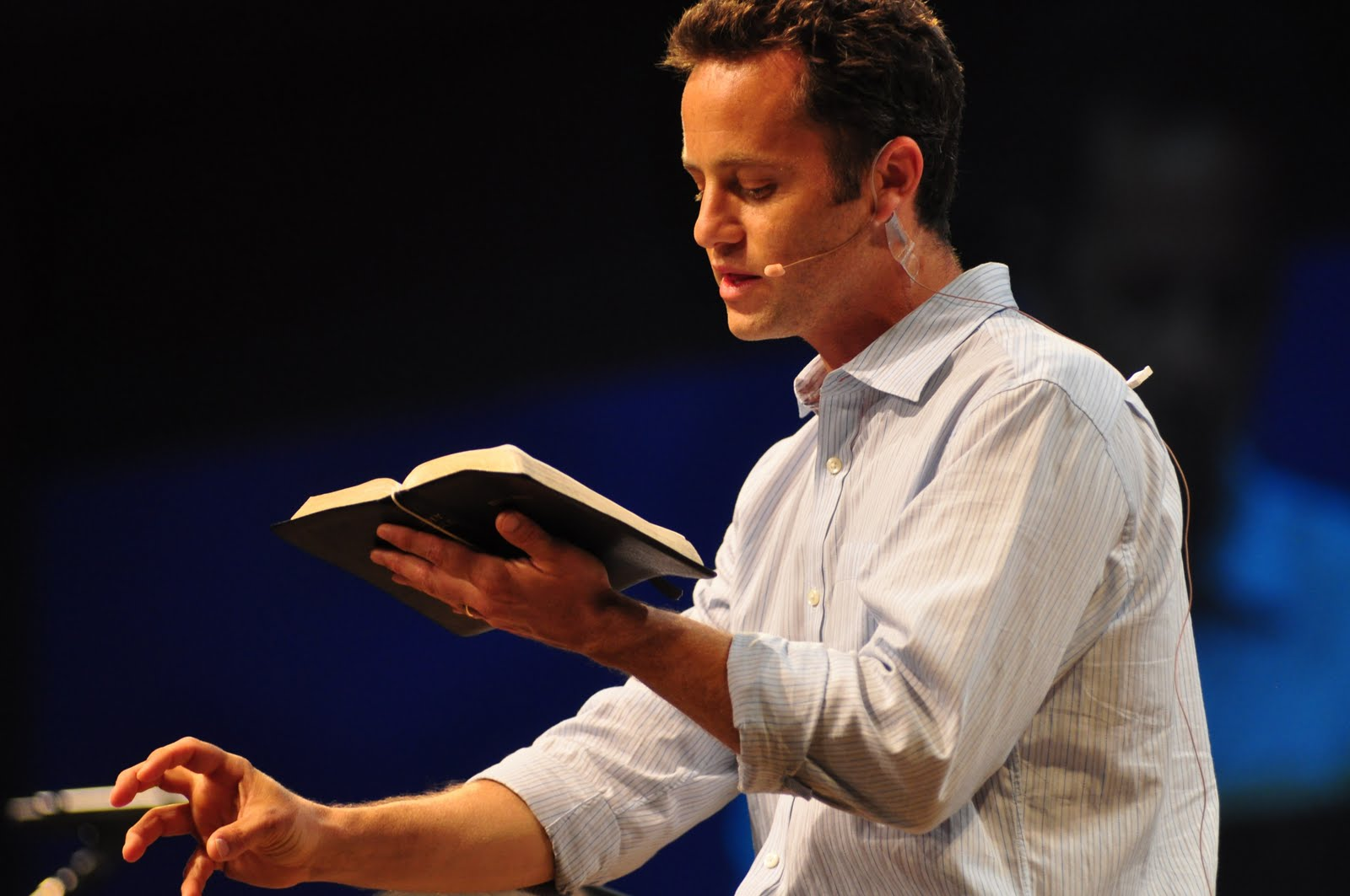 Real truth online kirk cameron criticizes stephen hawking saying he