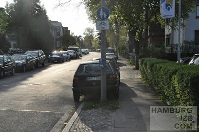 Gehweg freigegeben für Radfahrer