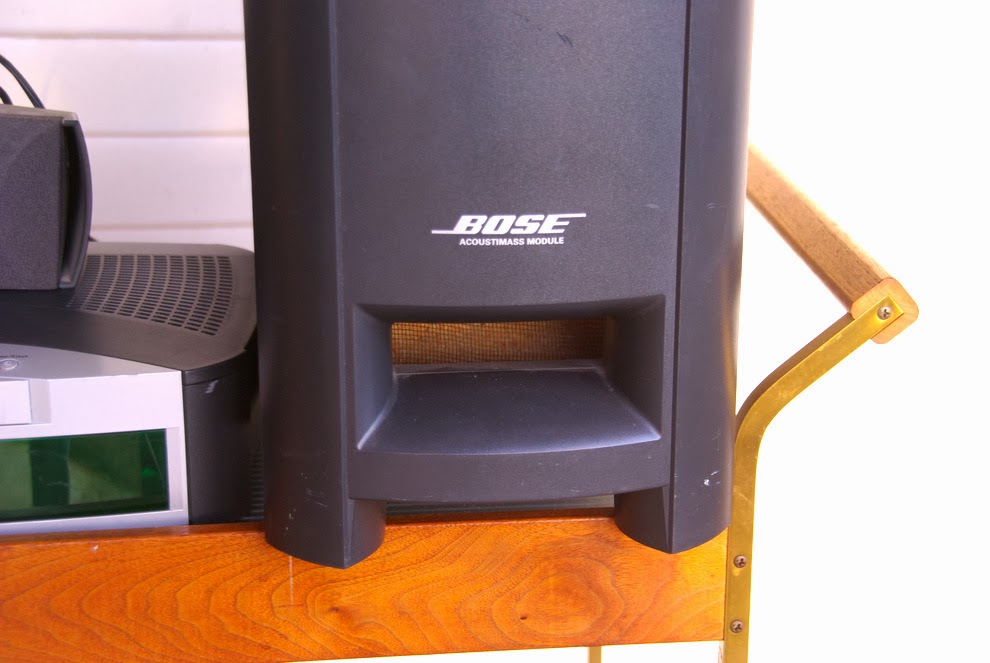 finders keepers sold bose home theater 200. Black Bedroom Furniture Sets. Home Design Ideas