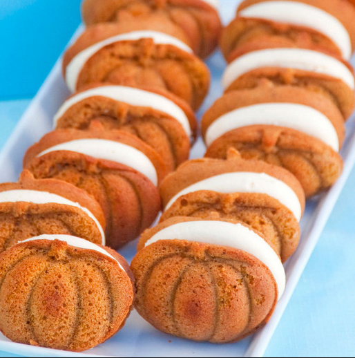 Merveilleux With The Fall Just Around The Corner The Pumpkin Whoopie Pies Are Sure To  Be A Fan Favorite. I Think This Might Be A Tie For My New Favorite Along  With The ...