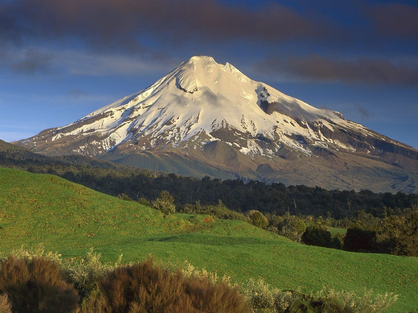 Mount Taranaki New Zealand  city photo : Travel Trip Journey: Mount Taranaki, New Zealand