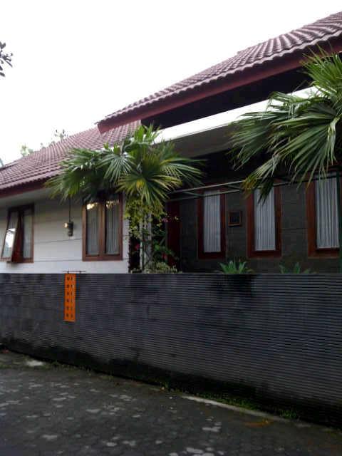 rumah-jl.sulawesi dijual
