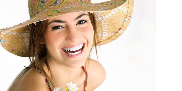 Cara Cepat Memutihkan Gigi dengan Makanan