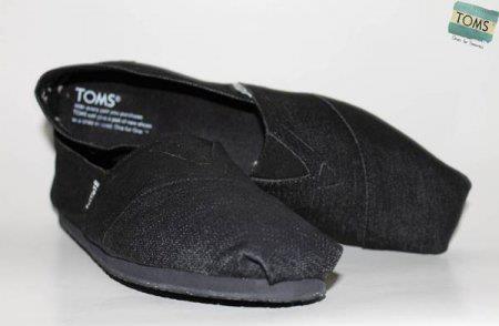 Sepatu Toms TOMS03