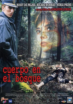 Un cos al bosc (Cuerpo en el bosque)