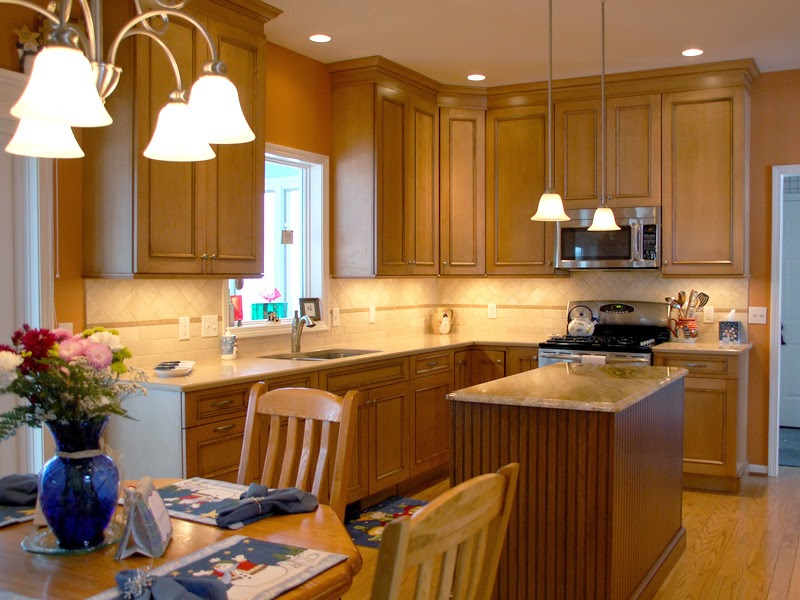 ideal maple kitchen cabinets color