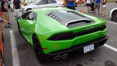 Lamborghini Hurican Back